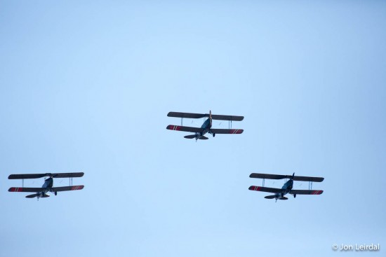 3 Havilland Tiger Moths in formation