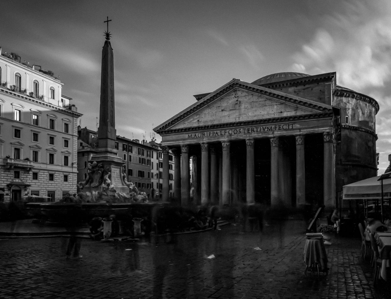 Pantheon (long exposure)